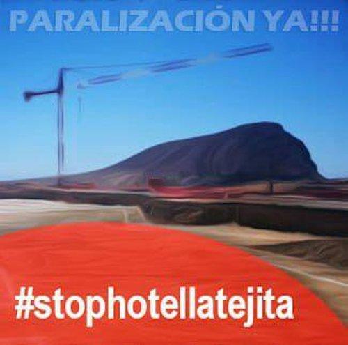 Activistas escalan en Tenerife a las grúas de La Tejita esta mañana para exigir la paralización de las obras de este Hotel